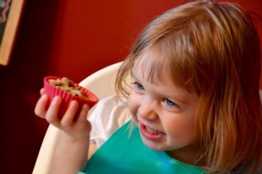 "Her 2nd cupcake, AKA ""muff-muff"""